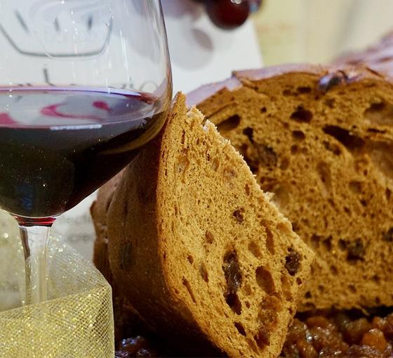 panettone al vino cesanese_marchio registrato franco terenzi pasticceria bar lazio