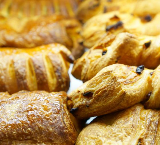colazione-cornetti-artigianali-maritozzi-con-panna-pasticceria-bar-lazio5