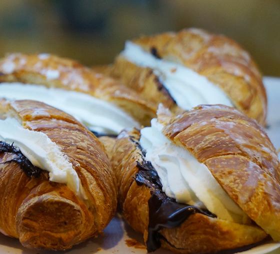 colazione-cornetti-artigianali-maritozzi-con-panna-pasticceria-bar-lazio 7